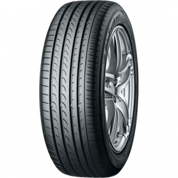 YOKOHAMA BluEarth RV02 225/55 R18
